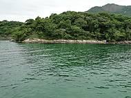 Lagoa azul no fim da tarde