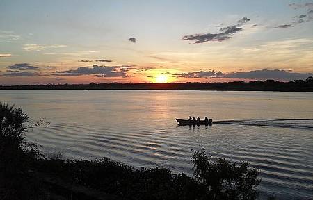 Rio Paraguai - Pôr do sol é um espetáculo a mais