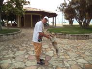 Um amigo da hora na Praia da Xepa