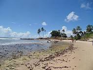 Praia em Genipab�