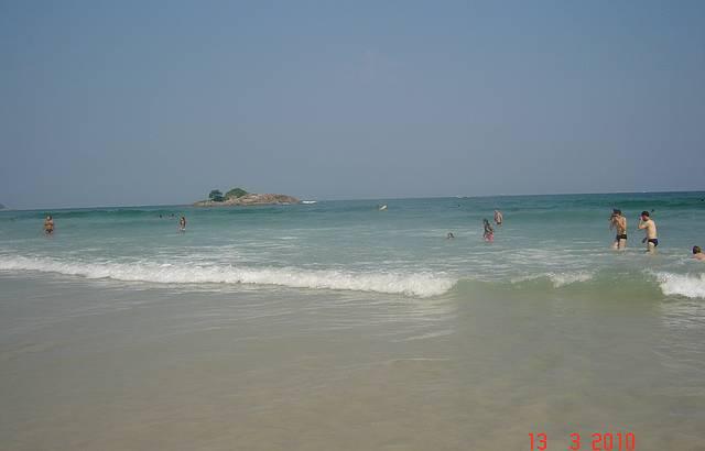Apesar de super urbanizada � uma praia muito limpa