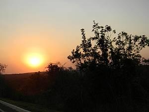 Ver o pôr do sol no Morro da Pedreira