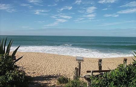 Praia da Ilhota - Praia vista do Restaurante Recanto da Sereia
