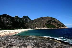 Itacoatiara: Praia é considerada uma das mais bonitas do estado -