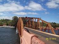 Ponte sobre o Rio Tiet�