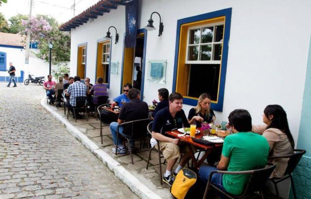 Charme no restaurante Galápagos, na Passagem