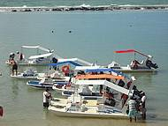 Passeio de barco para a Praia do Gunga