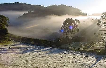 Geadas - No inverno, baixas temperaturas transformam as paisagens