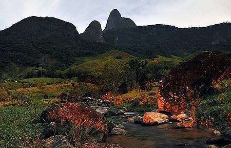 Córrego do Buião - No distrito de Glicérios, muita natureza