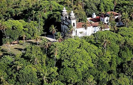 Igreja de N.Sra dos Prazeres - Localização privilegiada no Monte Guararapes