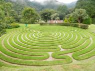 Um belo jardim temático.