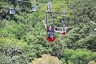 Arvorismo, trenó e ZipRider no Parque Unipraias