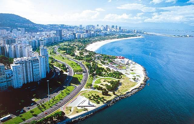http://www.feriasbrasil.com.br/fotosfb/384154780-G.jpg