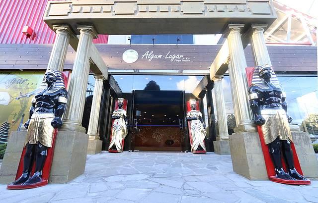 Fara�s eg�pcios d�o boas vindas