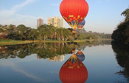 No ar - Passeio de balão é garantia de belas paisagens e muita emoção