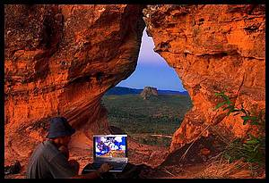 Apreciar o por do sol no Portal da Chapada: Fenda na rocha é perfeita para curtir o visual -