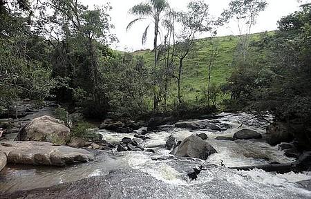 Cachoeira do Sossego - Banho de Cachoeira