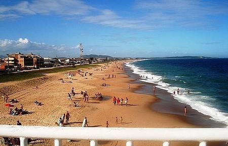 Praia Costazul vista do píer