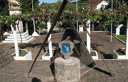 Praça Regional da Uva de Otávio Rocha - Típico passeio para quem visita a cidade