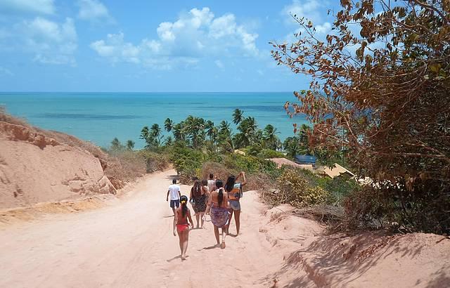 Chegada a praia de coqueirinho