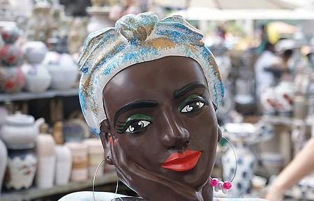 Feira de artesanato - O artesanato oferecido em Ouro Preto é muito rico e diversificado