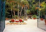 Espa�o buc�lico re�ne fontes, jardins, lagos e trilhas