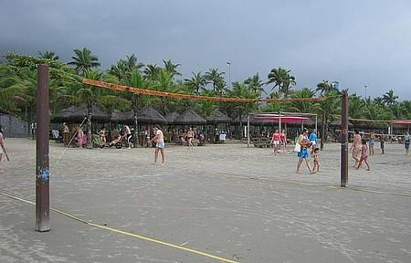 Sesc Bertioga - Estrutura do Sesc na praia.