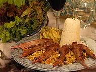 Como resistir ao cordeiro em leito de farofa de milho