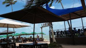 Praias e onde comer
