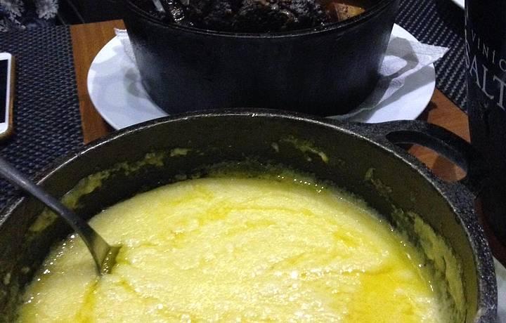 Ossobuco com polenta cremosa: nota 10