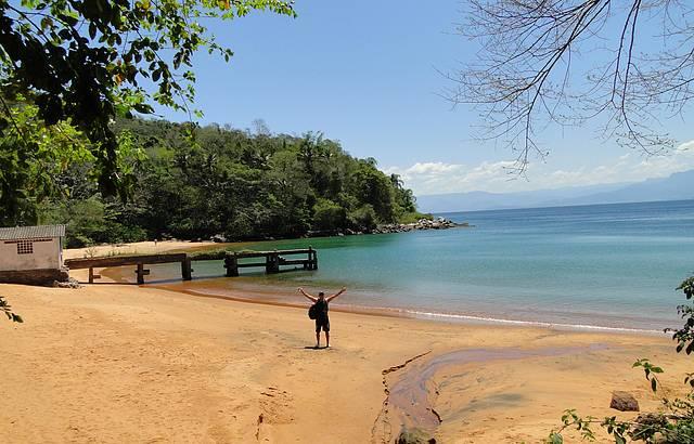 Praia Araçatibinha