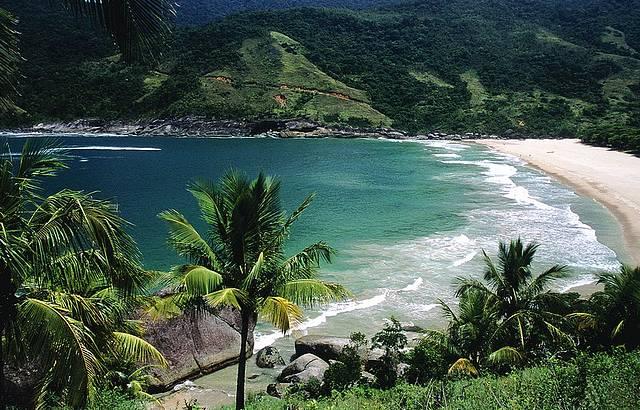 Bonete praia é considerada uma das mais bonitas do litoral Norte de São Paulo
