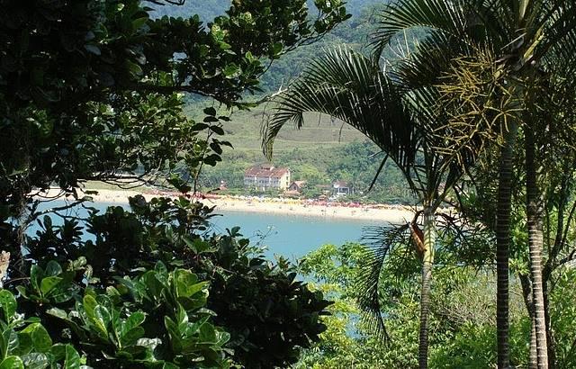 Vista da praia da Cocanha