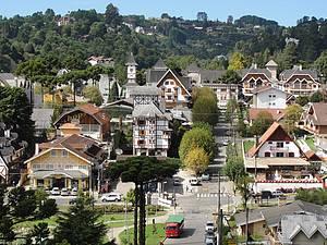 Vila Capivari: Arquitetura remete aos países europeus<br>