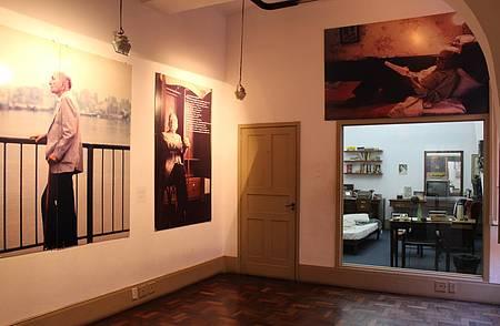 Casa de Cultura Mario Quintana - Quarto do poeta permanece como foi deixado