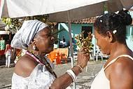 Banho de pipoca faz parte dos festejos ao santo