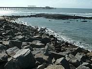 Caminhada ao longo da praia