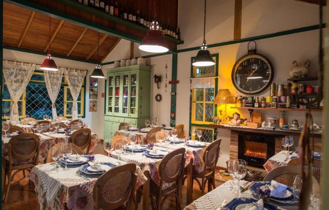 Charme e bom gosto no bistrô Chez Lagarto