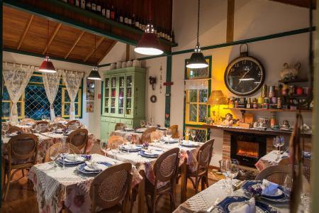 Viajando e cozinhando... em lindos espaços gourmet! - Charme e bom gosto no bistrô Chez Lagarto
