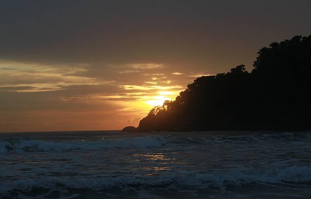 Ver o Nascer do Sol em um Lugar Lindo � Revigorante!!