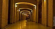 Tunel de armazenamento de vinhos.