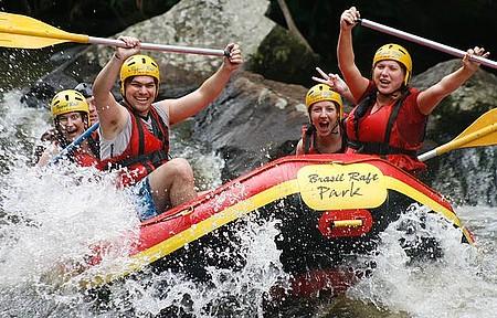 Rafting no rio Paranhana - Brasil Raft Park -Serra Gáucha - Descendo as Corredeiras