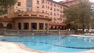 Complexo Tur�stico do Barreiro: Lazer em forma de piscinas e jardins -