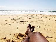 Banho de sol a beira mar