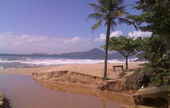 Imagem da chegada na praia (Dez./2009)