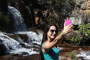 Como tirar boas fotos de si mesmo ao viajar sozinho?