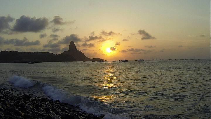Pôr do sol na Ponta Air France