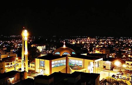 Vista de Noite - Catedral Tubarão