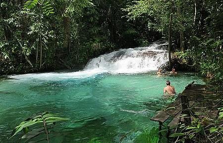 Cachoeira do Formiga - Cores e cenários alucinantes!