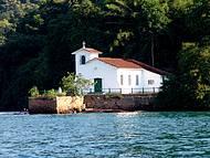 Capelinha fica na Ilha da Gip�ia